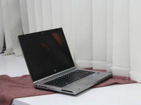 HP EliteBook 8460P Nhôm nguyên khối, Core i5, VGA Rời, 14.1inch Doanh Nhân